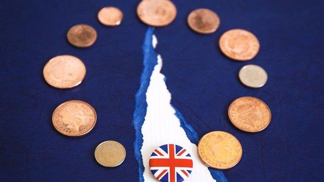Johnson chce brexit s dohodou. Trvá ale na zrušení irské pojistky - anotační obrázek