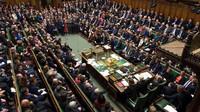 Další porážka a ponížení Mayové. Poslanci se chopili moci nad brexitem - anotační foto