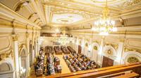 Poslanci prodloužili nouzový stav do konce dubna - anotační obrázek