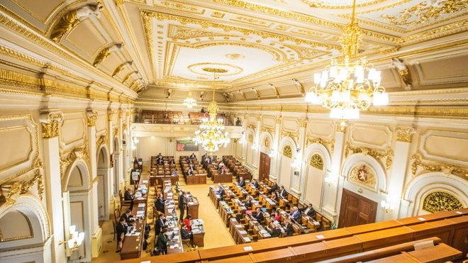 Sněmovna schválila nová pravidla kurzarbeitu - anotační obrázek