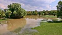 Počasí: Extrémní déšť rozvodní řeky, meteorologové varují před povodněmi - anotační obrázek