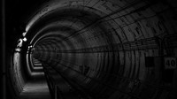 Jako z hororu. Přes tisíc lidí zůstalo uvězněno v tunelu metra, klimatizace nefungovala - anotační obrázek