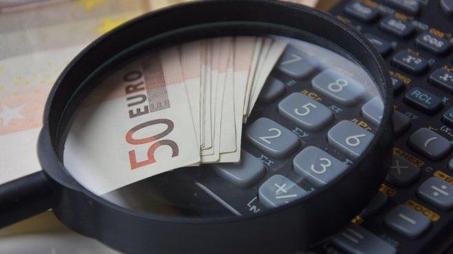Růst české ekonomiky zpomalil. Na vině je Německo - anotační obrázek