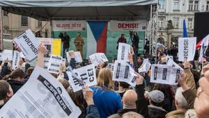 demonstrace proti Babišovi 6. 5. 2019