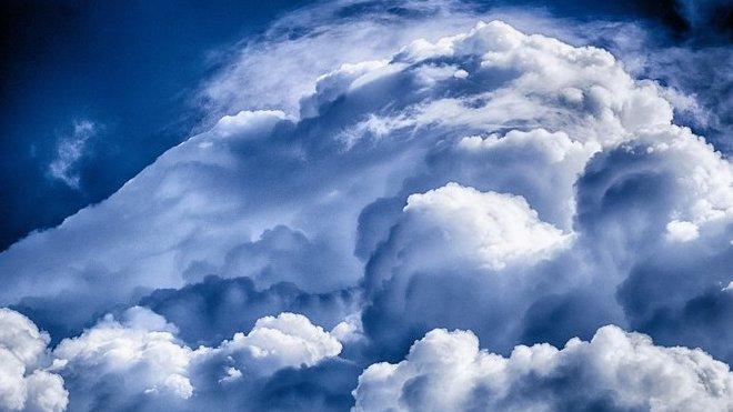 Česko čeká deštivá noc s bouřkami. Předpověď počasí na středu 21. srpna - anotační obrázek