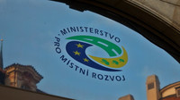 Ministerstvo pro místní rozvoj dostane na příští rok o 200 milionů více, zajištěna je MotoGP - anotační obrázek
