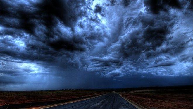 Počasí: Meteorologové varují před silnými bouřkami. Předpověď na noc a sobotu 24. srpna - anotační obrázek