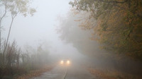 Mlhy opět potrápí řidiče. Předpověď počasí na noc a středu 23. října - anotační foto
