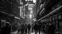 Čínský Wu-chan se otevřel světu, ve městě zastavil první vlak - anotační obrázek