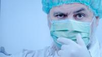 V Česku je 2 422 nakažených koronavirem, za pátek přibylo 373 nových případů - anotační foto