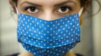 Na Jihlavsku kvůli novým případům koronaviru obnovují roušky - anotační obrázek