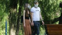 Ve čtvrtek přibylo v ČR 330 případů covidu, nejvíc od 3. dubna - anotační obrázek