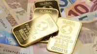 Světu hrozí citelná inflace i nová studená válka. Bohatí lidé investují do fyzického zlata, říká ekonom - anotační foto