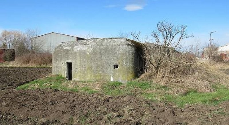 I tento bunkr (řopík) si můžete od ministerstva koupit
