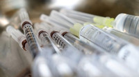 Lidé 45+ se mohou od dnešní půlnoci registrovat k očkování - anotační foto