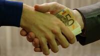 Česko si mezi zeměmi na žebříčku korupce pohoršilo o pět míst - anotační obrázek