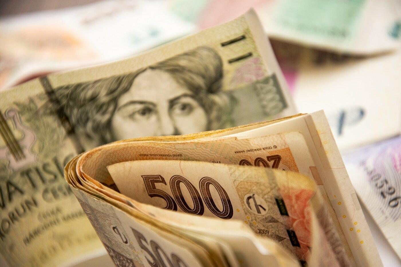 Po pandemii v Česku udeří velká inflace, varují experti. Restaurace chystají zdražení až o dvacet procent